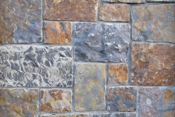 The Quarry Mill Natural Quarried Thin Cut Stone Veneer/Denali / Natural Stone Veneer / Heights: 2- 10Lengths: 6- 18Depths: 3/4- 1-1/4